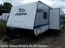 New 2018  Jayco Jay Feather 25BH Two Bedroom Sofa/Dinette Slideout by Jayco from White Horse RV Center in Williamstown, NJ