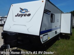 New 2018  Jayco Jay Feather 23RL Front Queen Booth Dinette Slideout by Jayco from White Horse RV Center in Williamstown, NJ