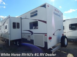 Used 2008  Keystone Outback Sydney Edition 31RQS Quad Bunk, Sofa/Dinette Slide-out by Keystone from White Horse RV Center in Williamstown, NJ