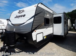New 2018  Jayco Jay Flight 28BHBE 2-Bedroom Sofa/U-Dinette Slideout by Jayco from White Horse RV Center in Williamstown, NJ