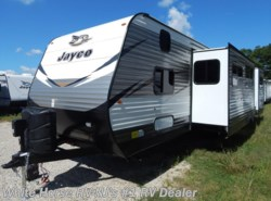 New 2018  Jayco Jay Flight 31QBDS 2-Bdrm Double Slideout w/OS Kitchen by Jayco from White Horse RV Center in Williamstown, NJ