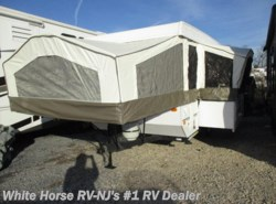 Used 2011  Forest River Rockwood Freedom 2560G U-Dinette Slide with Toilet, Shower, A/C by Forest River from White Horse RV Center in Williamstown, NJ