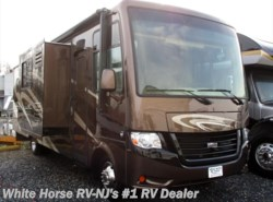 Used 2014 Newmar Bay Star 3215 Triple Slide available in Williamstown, New Jersey