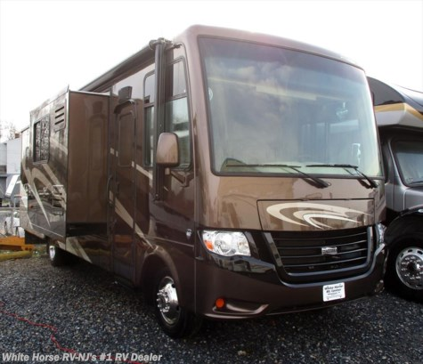 2014 Newmar Bay Star 3215 Triple Slide