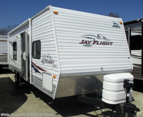 2008 Jayco Jay Flight 22 FB Front Queen Bed, Rear Bath