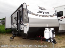 New 2019 Jayco Jay Flight 32TSBH 2-Bedroom Triple Slideout available in Williamstown, New Jersey
