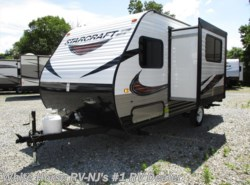 New 2019  Starcraft Autumn Ridge Outfitter 18BHS Queen Bed, Bunks w/Dinette Slideout by Starcraft from White Horse RV Center in Williamstown, NJ