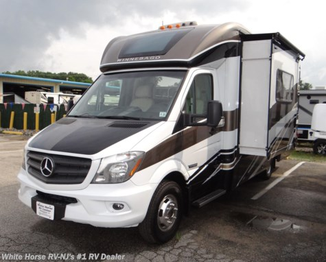 2017 Winnebago Navion 24G Double Slide w/Rear Queen
