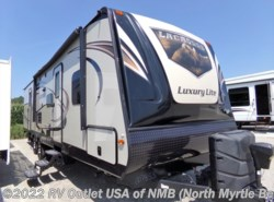 Used 2016  Prime Time LaCrosse Luxury Lite 318 BHS