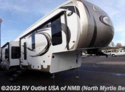 Used 2018  Palomino Columbus 366RL by Palomino from RV Outlet USA of NMB in Longs, SC