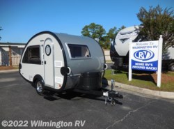 Used 2017  Little Guy T@B Max S (Wet Bath) by Little Guy from Wilmington RV in Wilmington, NC