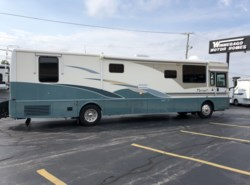 Used 2003 Itasca Horizon IKP39QD available in Rockford, Illinois