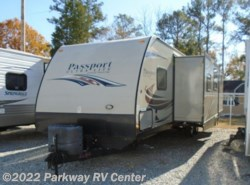 Used 2014  Keystone Passport Ultra Lite Grand Touring 3290Bh by Keystone from Parkway RV Center in Ringgold, GA