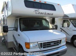 Used 2004  Coachmen Freelander  3100 by Coachmen from Parkway RV Center in Ringgold, GA
