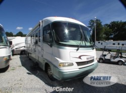 Used 2000  Holiday Rambler Vacationer 36WGS by Holiday Rambler from Parkway RV Center in Ringgold, GA