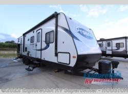 New 2018  Heartland RV Prowler Lynx 32 LX by Heartland RV from ExploreUSA RV Supercenter - ALVIN, TX in Houston, TX