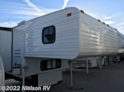Used 2001  S & S  Avalanche M-9-SC by S & S from Nielson RV in St. George, UT