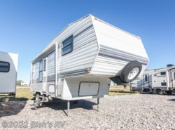Used 1996  Komfort  KOMFORT 26FS by Komfort from Bish's RV Supercenter in Idaho Falls, ID