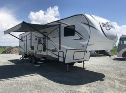 Used 2018  Heartland RV Pioneer PI 322 by Heartland RV from RV Dynasty in Bunker Hill, IN