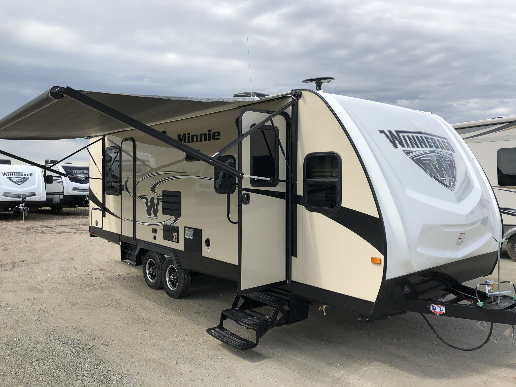 2019 Winnebago RV Minnie 2500FL for Sale in Bunker Hill, IN 46914 | B042156