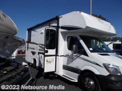 Used 2017 Jayco Melbourne 24L available in Bushnell, Florida