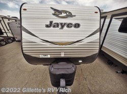 New 2018  Jayco Jay Flight 32BHDS by Jayco from Gillette's RV in East Lansing, MI