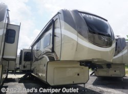 New 2019 Jayco Pinnacle 37RLWS - REAR LIVING available in Gulfport, Mississippi