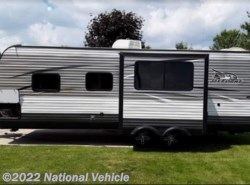 Used 2016 Jayco Jay Flight 24RBS available in Middlebury, Indiana