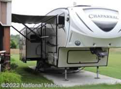 Used 2016  Coachmen Chaparral Lite 29RLS