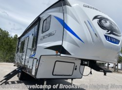 New 2021 Forest River Cherokee ARCTIC WOLF 271RK available in Brooksville, Florida