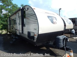 Used 2015  Forest River Cherokee 274DBH by Forest River from Boulevard Trailers, Inc. in Whitesboro, NY