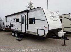 New 2017  Jayco Jay Flight SLX 242BHSW by Jayco from Bourbon RV Center in Bourbon, MO