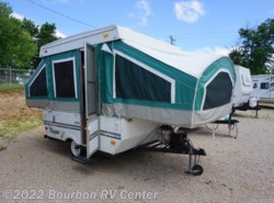 Used 2002  Coachmen Clipper Sport 086 by Coachmen from Bourbon RV Center in Bourbon, MO