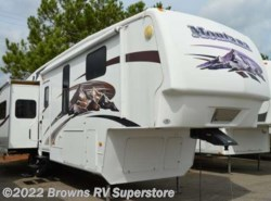 Used 2009  Keystone Montana 3585SA by Keystone from Brown's RV Superstore in Mcbee, SC