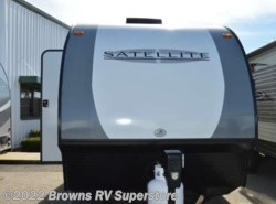 Used 2017  Starcraft  16KS by Starcraft from Brown's RV Superstore in Mcbee, SC
