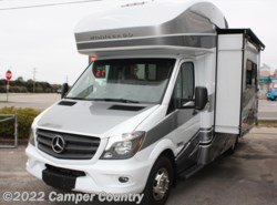Used 2017  Winnebago View 24G by Winnebago from Camper Country in Myrtle Beach, SC