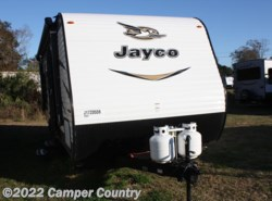 New 2018  Jayco Jay Flight SLX 212QB by Jayco from Camper Country in Myrtle Beach, SC