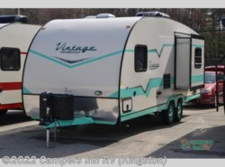 New 2017  Gulf Stream  Vintage Friendship 23RSS by Gulf Stream from Campers Inn RV in Kingston, NH