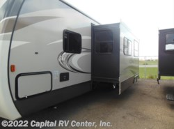 New 2017  Keystone Cougar XLite 31SQB by Keystone from Capital RV Center, Inc. in Bismarck, ND