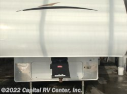Used 2012  CrossRoads Zinger ZT27RL by CrossRoads from Capital RV Center, Inc. in Minot, ND