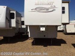 Used 2004  Nu-Wa Hitchhiker 38K by Nu-Wa from Capital RV Center, Inc. in Bismarck, ND