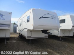 Used 2003  R-Vision Trail-Lite 529BHSS by R-Vision from Capital RV Center, Inc. in Bismarck, ND