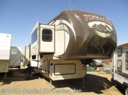 Used 2014  Jayco Pinnacle 38FLFS by Jayco from Capital RV Center, Inc. in Bismarck, ND