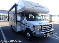 Used 2017  Thor Motor Coach Quantum GR22 by Thor Motor Coach from Dylans RV Center in Sewell, NJ