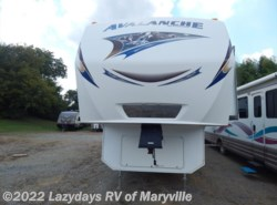 Used 2012  Keystone Avalanche 330RE by Keystone from Chilhowee RV Center in Louisville, TN