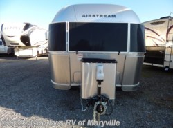 Used 2017  Airstream Flying Cloud 27FBT by Airstream from Chilhowee RV Center in Louisville, TN