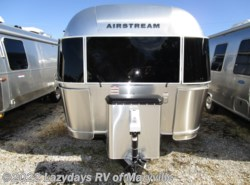 Used 2019 Airstream International Signature 25FBQ available in Louisville, Tennessee