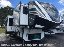Used 2017  Grand Design Momentum 376TH by Grand Design from Colerain RV of Cinncinati in Cincinnati, OH