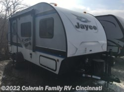 Used 2017  Jayco Hummingbird 17RB by Jayco from Colerain RV of Cinncinati in Cincinnati, OH