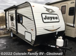 New 2018  Jayco Jay Flight SLX 195RB by Jayco from Colerain RV of Cinncinati in Cincinnati, OH